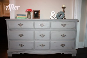 Dresser After by Happy Chapter in Annie Sloan French Linen